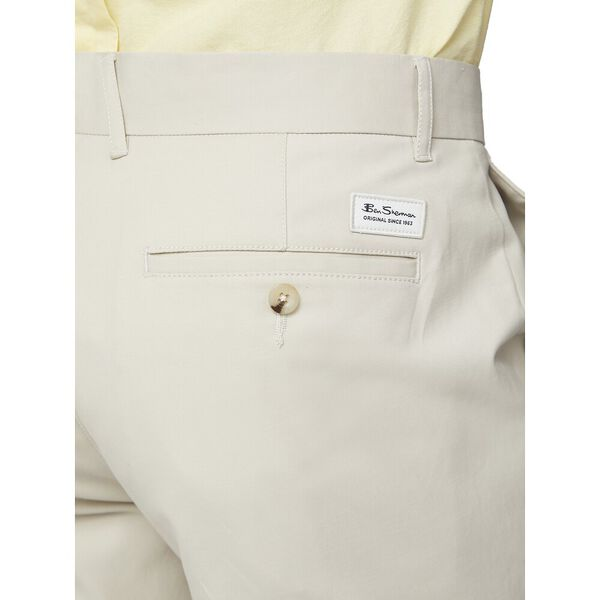 Signature Chino Short, PUTTY, hi-res