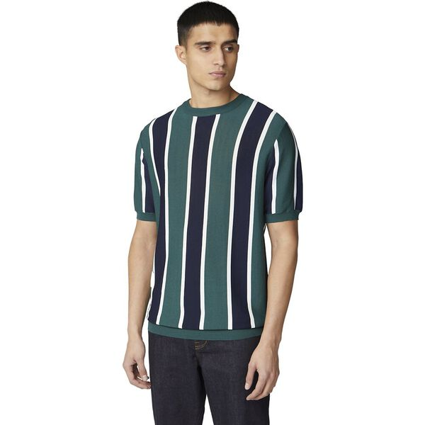 Knitted Vertical Stripe Crew