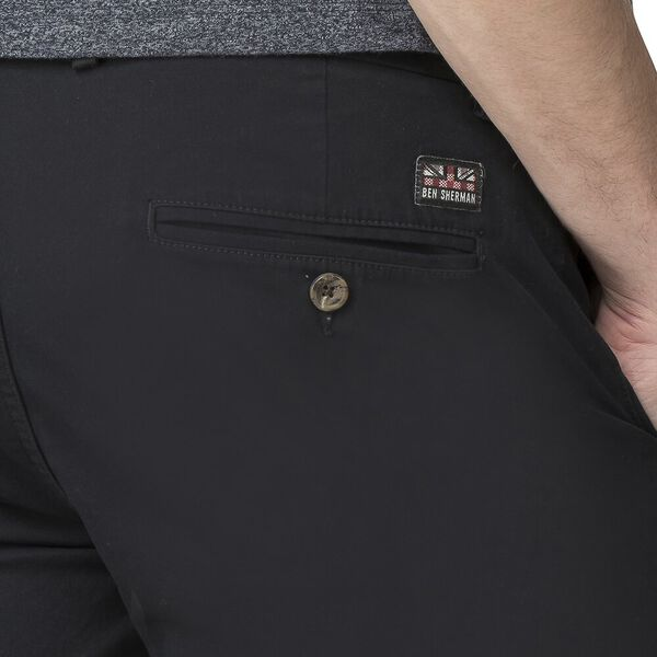 SLIM STRETCH CHINO SHORT, BLACK, hi-res
